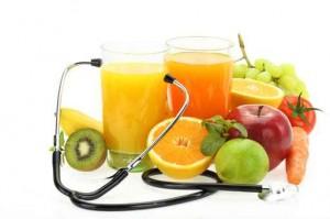 Beber suficientes líquidos, vital en personas mayores