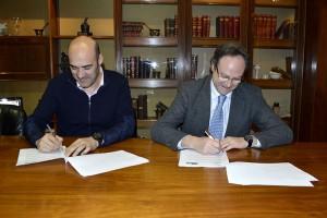 El COF de Castellón y SEFAC firman un acuerdo para impulsar los servicios profesionales farmacéuticos en las farmacias de la provincia
