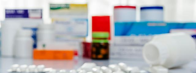 medicamentos-Depositphotos_37991947_s-2019