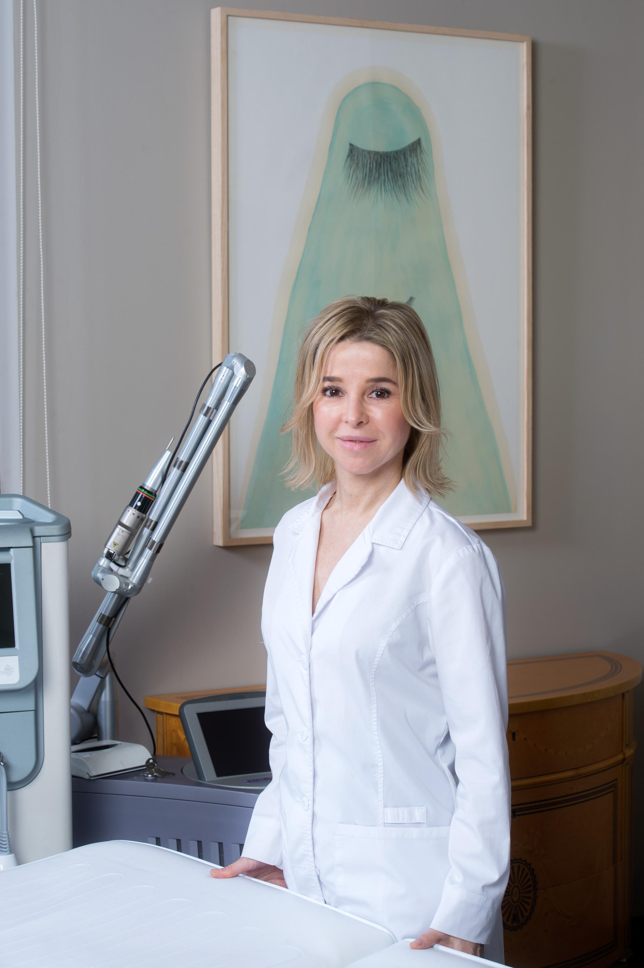 Dra.AdrianaRibe2