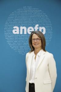 """Apostamos por la e-receta con un plan terapéutico que incluya todos los medicamentos"", Elena Zabala, Presidenta de anefp"