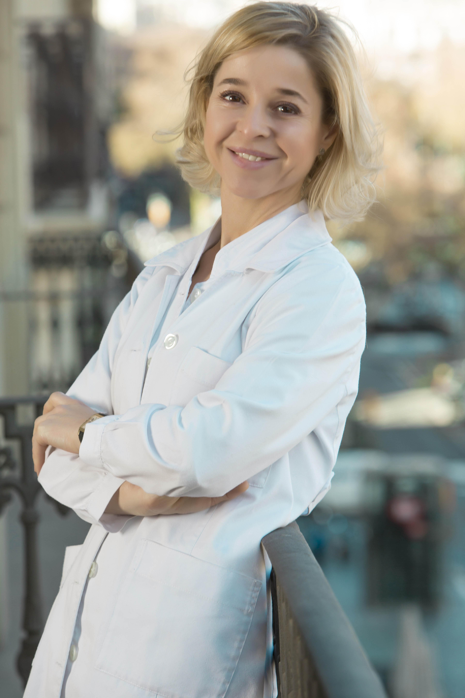 Dra. Adriana Ribe- Ribe Clinic