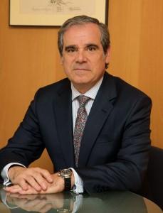 """Aguilar reclama que la prestación farmacéutica """"deje de medirse solo como gasto para medirse como inversión"""""""