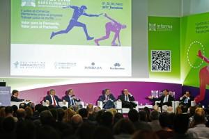 El sector de la distribución debate sobre fusiones y futuro