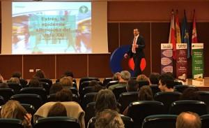 Farmacéuticos asturianos se forman para combatir el estrés