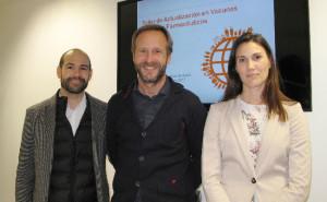 Farmacéuticos alaveses participan en una taller sobre vacunación