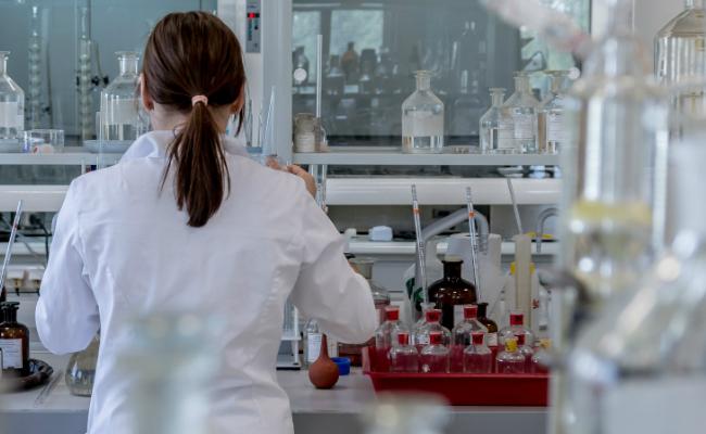 Novartis lidera el ranking de laboratorios farmacuticos con mejor reputacion sanitaria