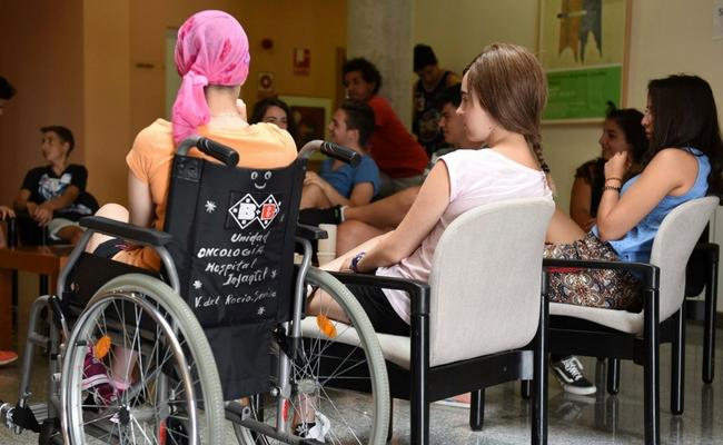 'Niños con Cáncer' reivindica unidades de Oncología específicas para adolescentes