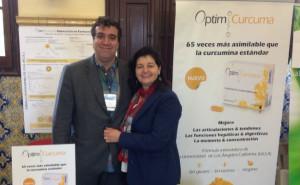 Ignasi Coromina, director gerente; y Flori Lungu, directora administrativa y responsable de Atención al Cliente, socios fundadores de Natural Distributions