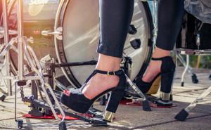 Los zapatos de tacón, causa de artrosis en los pies y rodillas