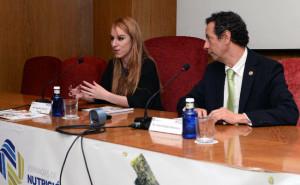 Jesús Román, presidente de la SEDCA y de la Fundación Alimentación Saludable y Andrea Calderón, nutricionista