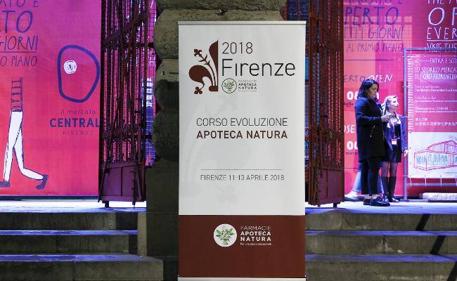 Apoteca Natura 2018 organiza el Curso de Evolucion de la red de farmacias