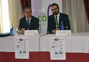 Jesús Aguilar reivindica a las administraciones un mayor uso de la red de farmacias