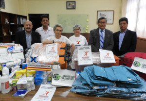 Voluntarios con el material que se ha entregado en Málaga