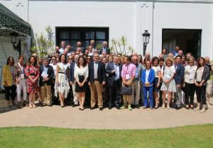 Foto de familia de los asistentes al Simposio de la Agrupación Farmacéutica Europea (PGEU)