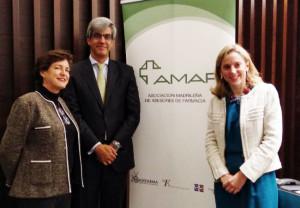 Carlos García-Mauriño posa junto a Rosa Gómez (izquierda) y xxxxx