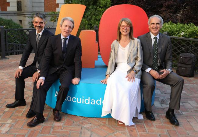 De izquierda a derecha: Jaume Pey, Adolfo Ezkerra, Elena Zabala y