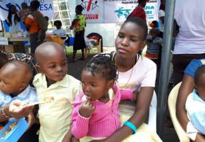 La Fundación Ordesa y Farmamundi ponen en marcha un laboratorio clínico en el centro de salud de Biafra, en Kenia