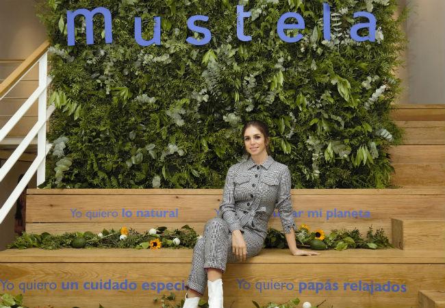 La actriz, Elena Furiase, es la nueva imagen de Mustela