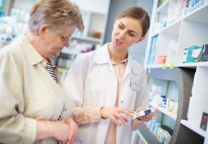 Sanidad reconoce la asistencia farmacéutica como parte de la atención integral al paciente