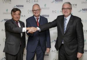 Luis González, presidente del Colegio de Farmacéuticos de Madrid, Walter Molhoek, director general de Nestlé Health Science i Jordi De Dalmases, president del Col·legi de Farmacèutics de Barcelona