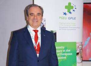 Jesús Aguilar anuncia el Plan 2030 para la Farmacia europea en su despedida como presidente de la PGEU