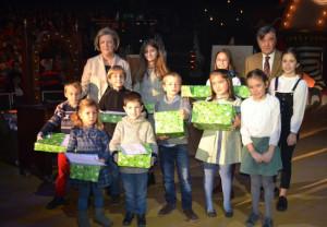 El COFM celebra su fiesta de Navidad con una vibrante noche de circo