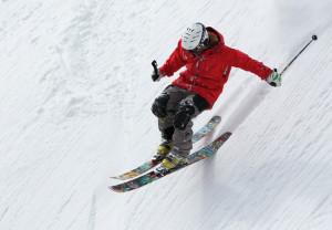 Cinco consejos para prevenir las lesiones en los deportes de invierno