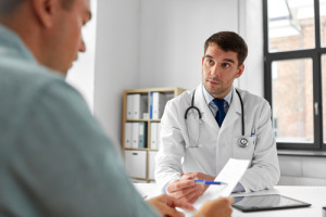 El 36% de los hombres no ha ido nunca al urólogo