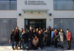 Estudiantes del Ciclo de Técnico en Farmacia visitan las instalaciones del COFCO