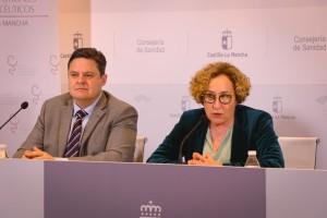 María Teresa Marín y José Javier Martínez Morcillo, durante la rueda de prensa