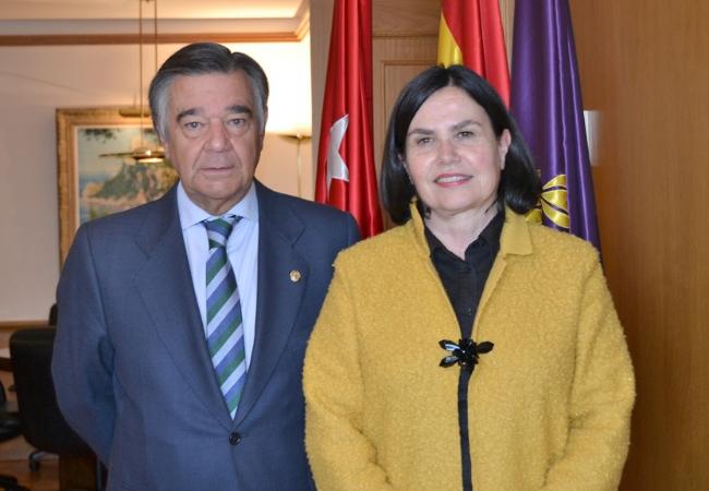 Luis J. González Díez y Adela López de Cerain Salsamendi