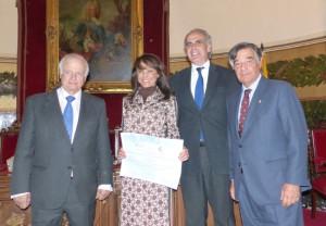 El COFM recibe un premio por su buscador de lotes afectados por el valsartán