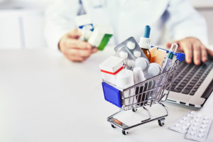 ¿Qué se debe tener en cuenta para montar una farmacia online?