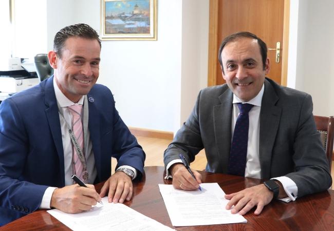 Julio Bertelotti, presidente de Acofar, y Eduardo Pastor, presidente del Grupo Cofares.