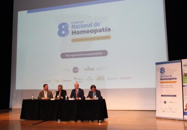 Un momento de la inauguración del Congreso de Homeopatía