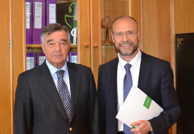 Presidente del COFM, Luis González Díez, y el doctor Julio Zarco.