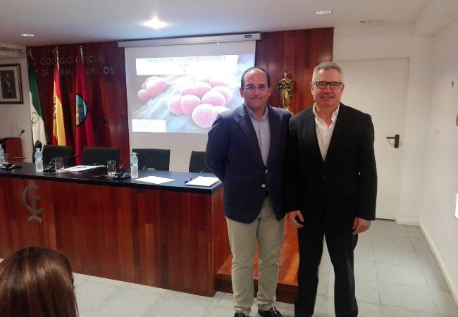 El doctor, José Luis Barranco, junto a Rafael Casaño