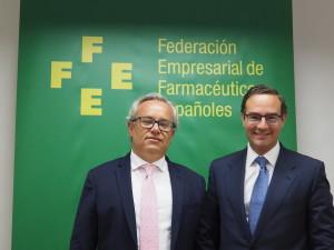 """Luis de Palacio, presidente de la FEFE: """"La farmacia no está para más recortes"""""""