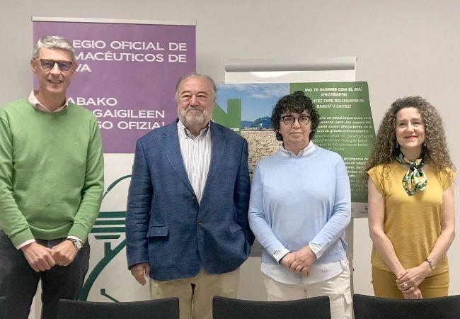 xx, Patxi Ormazabal, xx y xxx, durante la presentación de la campaña contra el Cáncer de Piel