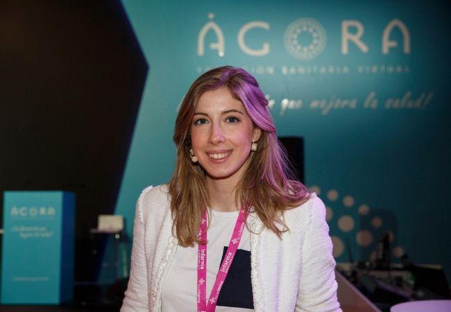 Laura Bárcena, especialista en suplementación deportiva en la farmacia