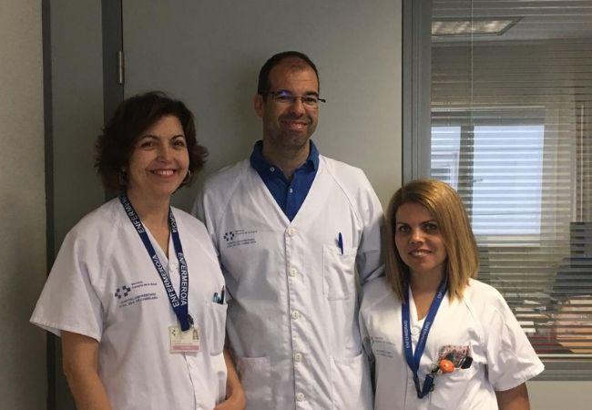 El doctor Pablo Suárez y sus enfermeras