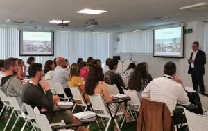 Reunión en Santiago de Compostela, de Ozoaqua