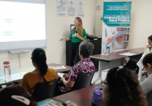 FSFE forma a 400 químicos-farmacéuticos en El Salvador
