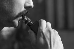SEPAR recuerda la toxicidad de los cigarrillos electrónicos y el vapeo