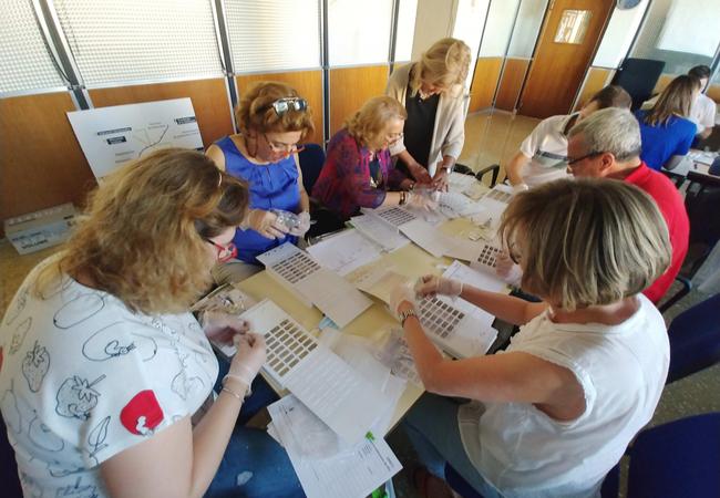 Asistentes al curso de Sistemas Personalizados de Dosificación (SPD)