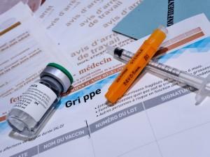 La vacuna antigripal previene la infección por gripe,  los contagios y sus graves complicaciones