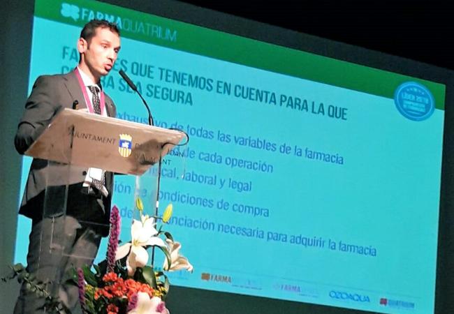 Gustavo Castro, durante su ponencia
