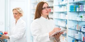 El COFM celebra la primera prueba de recertificación en Farmacia