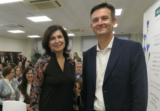 Laurent Coupé y Rosa Mª Valls, durante la presentación de la Escuela